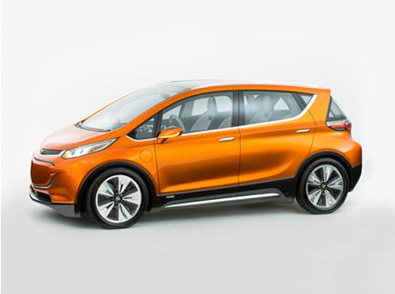 Carros elétricos puros e híbridos plugáveis em tomadas ajudarão a compensar picapes e SUVs pesados e sedentos por combustível