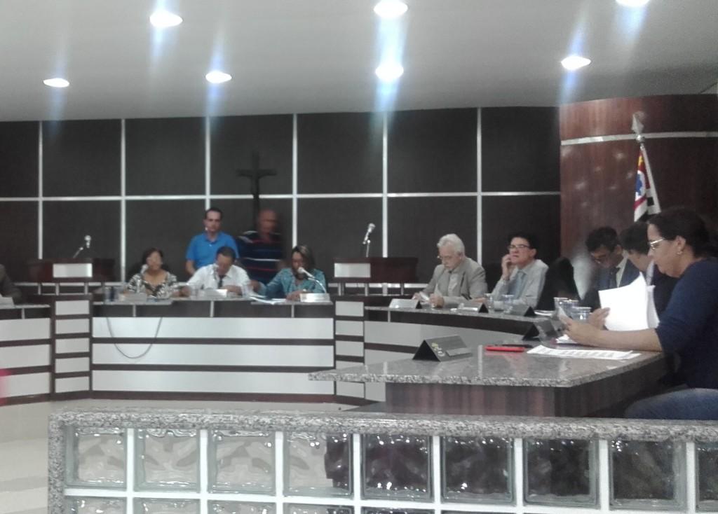 Vereadores vão ao MP nesta terça (23) (Foto: Carlos Carvalho)