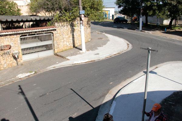 Estreitamento da Catarina Maria causa descontentamento de moradores (Foto: Pedro Diogo)