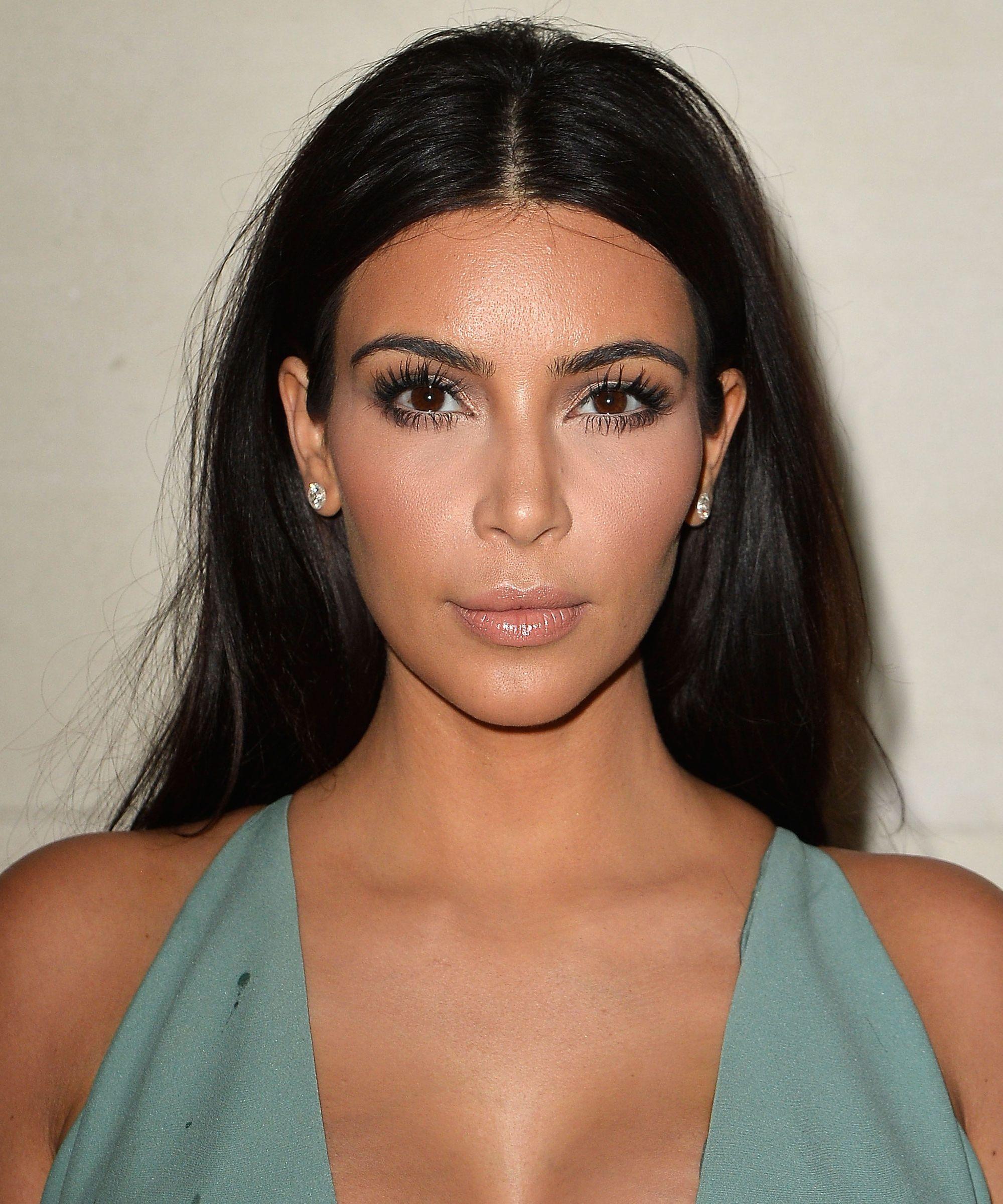 Kim Kardashian Relata Que Seus Assaltantes Eram Homens